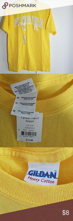 T-shirt Yellow florida t-shirt. Medium Gildan Tops Tees - Short Sleeve