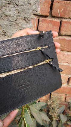 Slate Lizzie, Chiaroscuro, India, Pure Leather, Handbag, Bag, Workshop Made, Leather, Bags, Handmade, Artisanal, Leather Work, Leather Workshop, Fashion, Women's Fashion, Women's Accessories, Accessories, Handcrafted, Made In India, Chiaroscuro Bags - 3