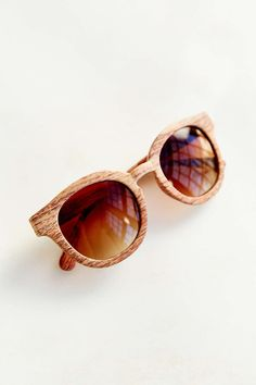 Wood Finish Round Sunglasses - Urban Outfitters