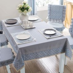 Brief thickening a western fabric dining table cloth rectangle striped tablecloth - Projetos para experimentar Dining Table Cloth, Dinning Table, Table Linens, Chair Covers, Table Covers, Gold Bedroom Decor, Tablecloth Fabric, Tablecloths, Deco Table