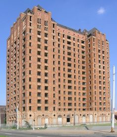 Lee Plaza in Detroit. Built in 1929 and located at 2240 West Grand Boulevard, is yet another Detroit building registered as a historic landmark.  Once the address to possess, economic woes saw Lee Plaza converted into a retirement complex before closing in the early 1990s.