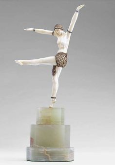 Dancer of Olynthus, Demetre Chiparus (1886 - 1947).