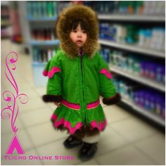 This is too #adorable! Masi Sophie for staying still long enough to take a photo and being too cute for words.