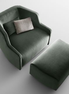Upholstered fabric armchair with armrests FIRST | Armchair - @gallottiradice