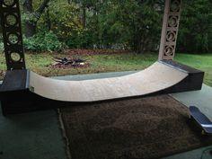 Skateboard Furniture, Surfboard Skateboard, Skateboard Ramps, Diy Furniture Projects, Woodworking Projects Diy, Bmx, Dirt Bike Track, Scooter Ramps, Backyard Skatepark