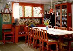 Dining room at Lylla Hyttnäs. #sweden #carllarsson