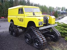 Land Rover Cuthbertson (1962) #yellow