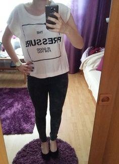 Kup mój przedmiot na #vintedpl http://www.vinted.pl/damska-odziez/koszulki-z-krotkim-rekawem-t-shirty/14280413-swietny-t-shirt-z-napisami-czarno-bialy-klasyczny-modny