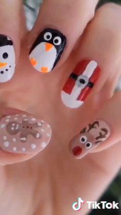 Semi-permanent varnish, false nails, patches: which manicure to choose? - My Nails Xmas Nails, Holiday Nails, Halloween Nails, Diy Nails, Easy Christmas Nail Art, Halloween Ideas, Cute Nail Art, Cute Nails, Pretty Nails