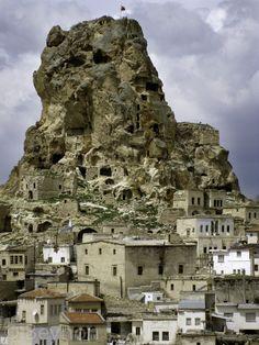 Ortahisar Castle - Cappadocia, Turkey Cappadocia Turkey, Mount Rushmore, Castle, Mountains, World, Places, Nature, Travel, Cities