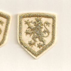 Heraldic Lion: Metallic Gold Embroidered Sew-On Applique Patches