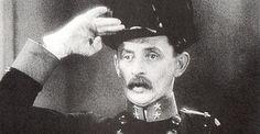 Vlasta Burian in 'Anton Špelec, ostrostřelec' (1932)