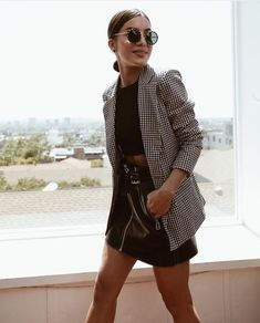 Blazer: 1 Stück, 5 Looks – Deutsche Kleidung Mode - Yersq Sites Blazer Outfits Casual, Chic Outfits, Fall Outfits, Fashion Outfits, Womens Fashion, Women Blazer Outfit, Smart Casual Blazer, Blazer Dress, Dress Outfits