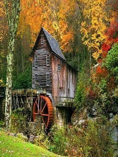 There's just something about finding an old water mill in the little towns I visit! Its a magical treasure hunt for my hubs and I :)