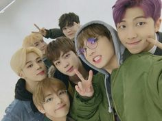 BTS Group Selca