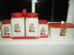Tipp City Cherries Range Set with Greese Jar ( I have this set)