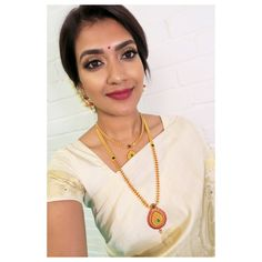 Idea for Custom made long chain with removable pendant Gold Mangalsutra Designs, Gold Jewellery Design, Ball Necklace, Necklace Set, Ruby Necklace, Simple Jewelry, Metal Jewelry, Gold Jewelry, Jewelry Necklaces