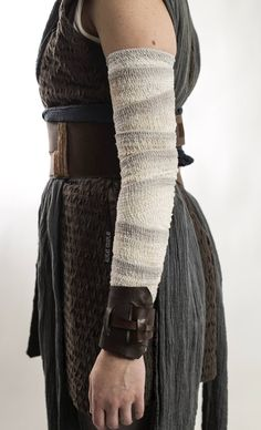 Star Wars Costumes, Game Costumes, Cosplay Costumes, Disfraz Rey Star Wars, Jedi Cosplay, Jedi Costume, Jedi Outfit, Star Wars Quotes, Star Wars Outfits