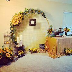 Iron Wedding Arch Circle Arch Wedding Flower Circle Arch for Etsy Sunflower Wedding Decorations, Wedding Arch Flowers, Arch Wedding, Backdrop Wedding, Wedding Ceremonies, Ceremony Backdrop, Boho Wedding, Wedding Reception, Arco Floral