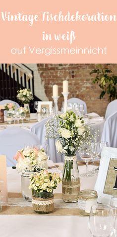 Eine schöne Vintage Tischdekoration in weiß, passend für eine traumhafte Vintage Hochzeit oder Garten Party. Eine einfache DIY Anleitung für deine perfekte Dekoration.