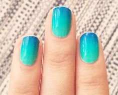 29 Gradient Nail Designs You Must Try - Fashion Star Gradiant Nails, Sns Nails, Blue Nails, Blue Nail Designs, Winter Nail Designs, Winter Nails, Summer Nails, Gradient Nail Design, Cool Nail Art