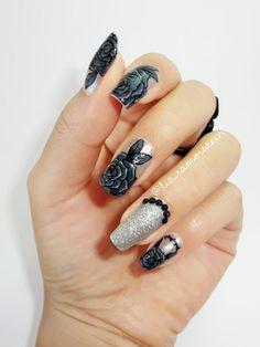 Itsmanitastic Black Roses Nail Art Glitter Toes