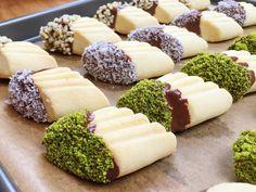 Türkische Kekse mit Pistazien und Mandeln - Türkisches Gebäck - Pastane ...