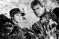 Richard Dean Anderson and Elissa Davalos - MacGyver Scene Photo, Picture Photo, Macgyver Original, Macgyver Tv Series, Macgyver Richard Dean Anderson, The Mentalist, Stargate, Best Shows Ever, Cute Guys