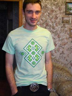 Футболка украинский ромб. Украинская вышивки. Ukrainian rhombus t-shirt. Ukrainian embroidery.  http://ladomag.ru/product/lado-413739/#.Vaz58aS37cs