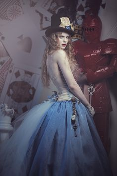 The Look: Wonderland - Alice by EmilySoto