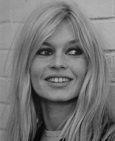 Miss Brigitte Bardot : Photos Grace Jones, Grace Kelly, Bridgitte Bardot, Alvin Ailey, Steven Tyler, Jerry Hall, Romy Schneider, Catherine Deneuve, Sophia Loren