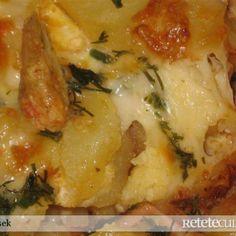 Cartofi cu sos la cuptor Romania Food, Lasagna, Good Food, Goodies, Food And Drink, Cooking Recipes, Vegetables, Breakfast, Ethnic Recipes