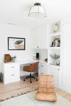 Guest Bedroom Home Office, Spare Room Office, Basement Office, Home Office Space, Home Office Design, Home Office Decor, Office Playroom, Bedroom Office Combo, Small Office