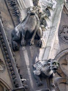 Top attractions of Paris (Notre Dame Cathédrale Notre-Dame de Paris)