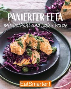 Low carb Abendessen: panierter Feta mit Rotkohl - - Low carb Abendessen: panierter Feta mit Rotkohl Gesundes Abendessen Low carb dinner for all feta lovers: breaded feta with red cabbage and salsa verde. Also perfect as a vegetarian Christmas dinner. Salad Recipes Healthy Lunch, Salad Recipes For Dinner, Chicken Salad Recipes, Healthy Meal Prep, Healthy Dinner Recipes, Healthy Snacks, Meal Prep Low Carb, Vegan Recipes, Salsa Verde