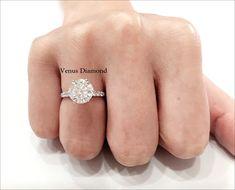 Round diamond ring 3.36 carat /Hcolor/VS1