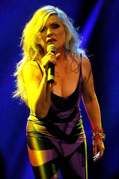 Deborah. First Rapper, Chris Stein, Women Of Rock, Blondie Debbie Harry, Women In Music, Female Singers, Beautiful Celebrities, Portraits, Hair