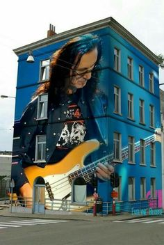 Geddy Lee of Rush Street Art, Street Mural, Great Bands, Cool Bands, A Farewell To Kings, Rush Music, Rush Band, Geddy Lee, Neil Peart