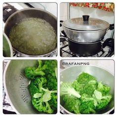 Outro dia alguém me perguntou como fazer legumes cozidos no vapor e hoje vou mostrar aqui como eu faço. Eu não tenho aquelas panelas próprias para cozinhar alimentos no vapor então eu