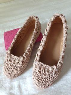 Crochet shoe-cover