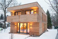 Holzhaus in Erlenstegen : Moderne Häuser von Jenohr + Mezger