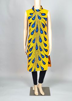 African Tops For Women, Modern Tops, African Print Dresses, African Fashion, Beautiful Dresses, Tunic Tops, Ankara, Stylish, Parties