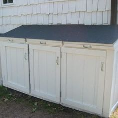 22 Model Woodworking Plans Garbage Can Storage Egorlin pertaining to size 1125 X 1302 Outdoor Wooden Garbage Storage Bin - Storage bins come in every Garbage Can Storage, Garbage Shed, Hide Trash Cans, Outdoor Trash Cans, Outside Storage, Outdoor Storage, Shed Storage, Storage Bins, Storage Area