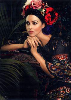 Couronne de fleurs - Monica Bellucci - Harper's Bazar