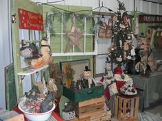 Primitive Palace Blog: Pictures from Gifford State Bank Craft show ...