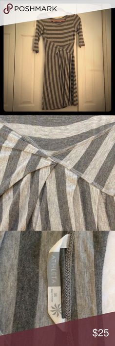 Athleta Dress XS Comfortable, soft dress in almost-new condition. Worn only a couple of times and in excellent condition. Athleta Dresses
