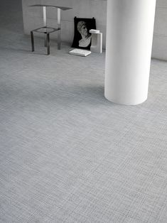Discreet and versatile, Bolon's latest flooring collection acts as a bridge between objects and their surroundings, demonstrating the positive effect good design can have on our senses. Grey And Beige, Green And Grey, Black Office, Asian Design, Create Space, Recycled Materials, Contemporary Design, Cool Designs, Marble