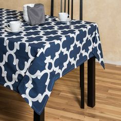 Trellis Square Cotton Tablecloth