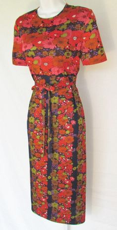 Vintage 1960's GOLDWORM dress
