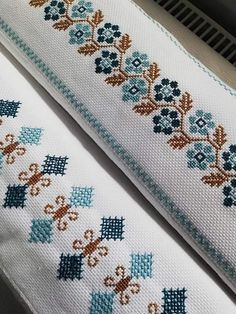Cross Stitch Floss, Cross Stitch Borders, Cross Stitch Designs, Cross Stitch Patterns, Embroidery Stitches, Hand Embroidery, Palestinian Embroidery, Projects To Try, Crochet